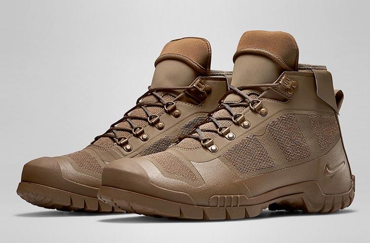 Горные ботинки Nike SFB