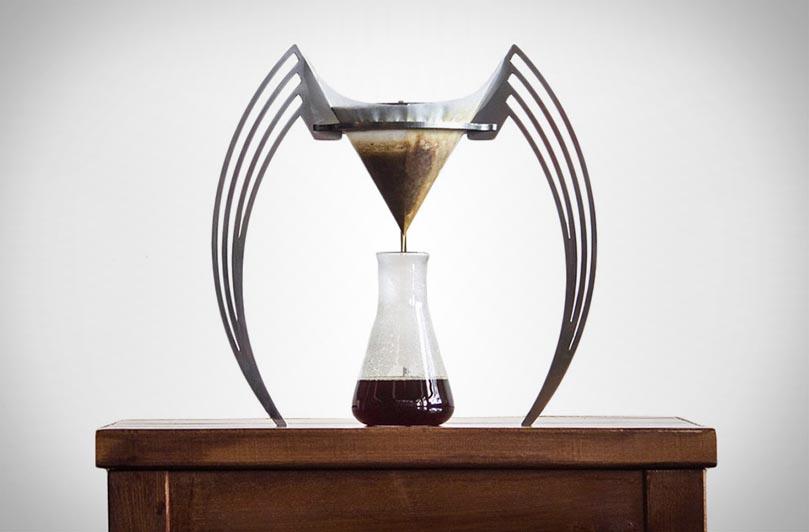 Кофеварка Iikone