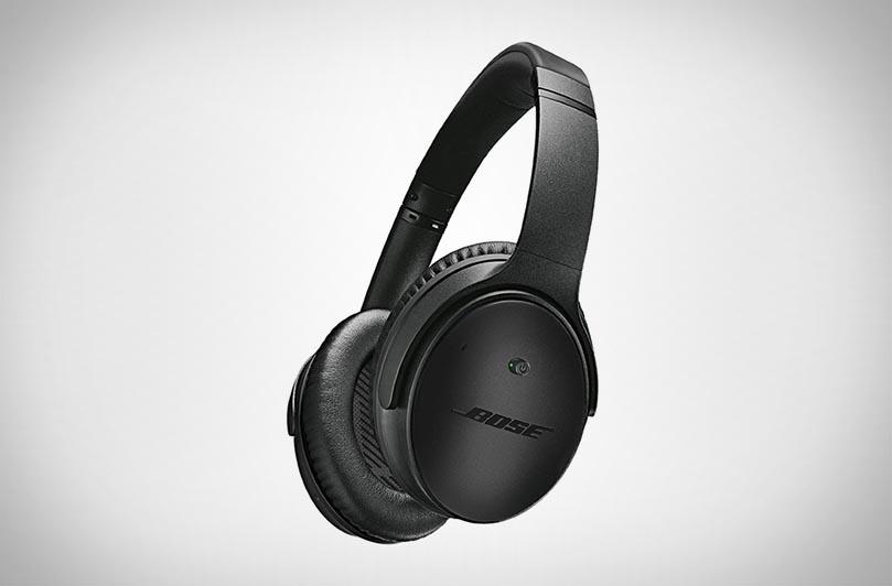 Черные наушники Bose Quiet Comfort 25