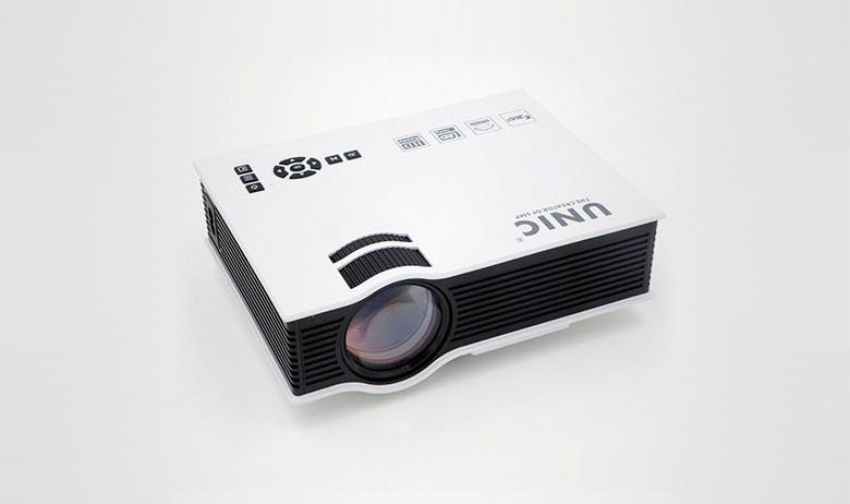 Цифровой проектор Unic UC40