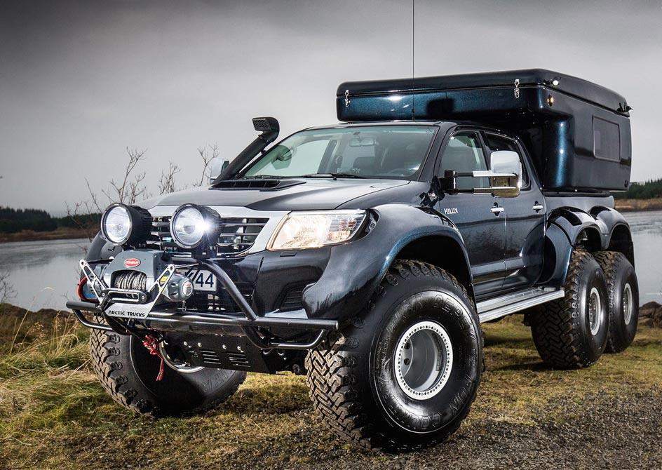 Hilux AT44 6x6 Arctic Truck