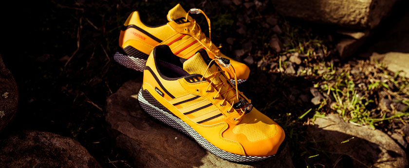 7 лучших водонепроницаемых кроссовок