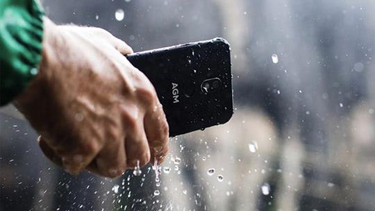 Лучшие защищенные смартфоны (IP68) с мощной батареей 2021 года