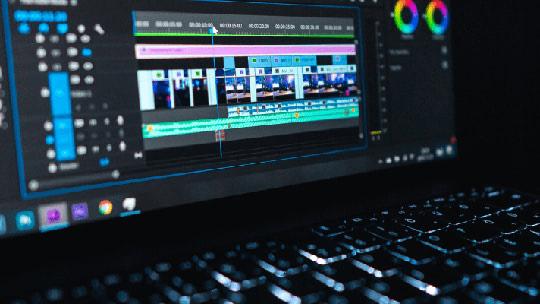 10 лучших ноутбуков для видеомонтажа 2021 года