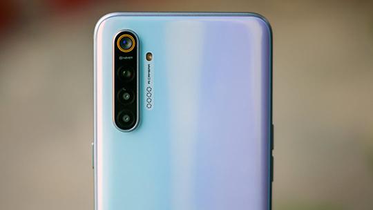 12 лучших камерофонов 2021 года