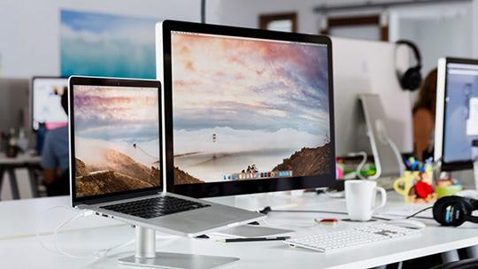 14 лучших мониторов для MacBook Pro 2021 года