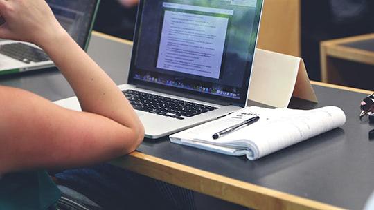 7 лучших ноутбуков для студентов и учебы 2021 года
